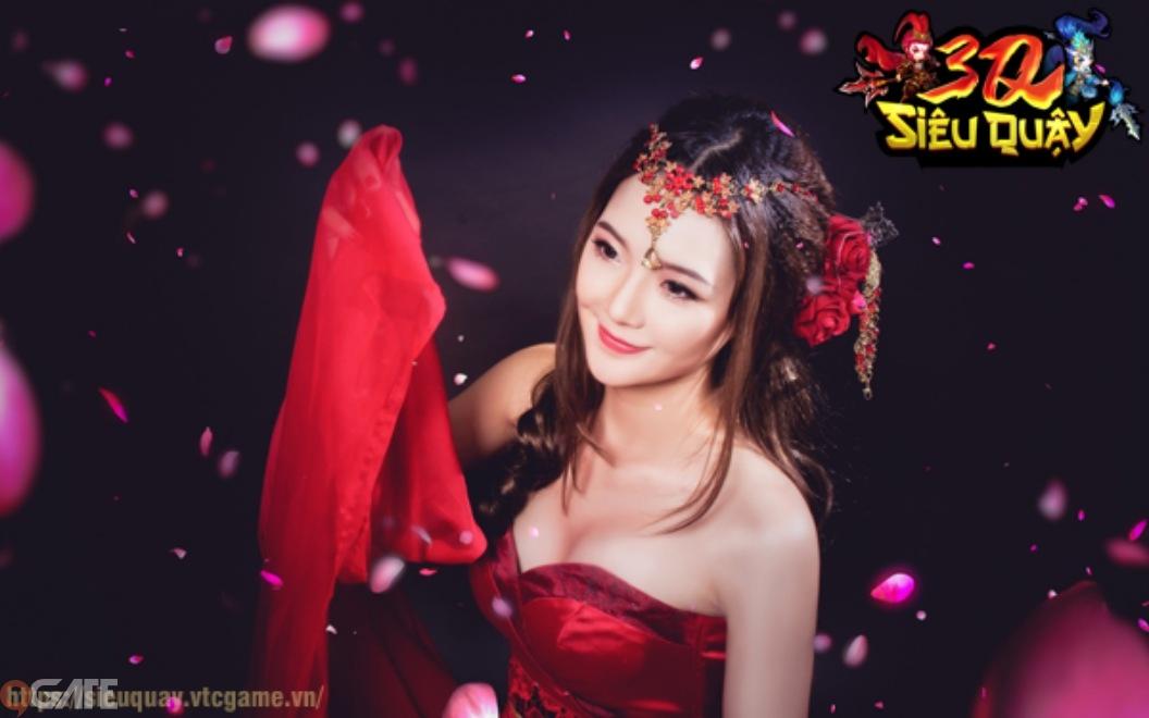 3Q Siêu Quậy: Bộ ảnh ngập tràn sắc đỏ của Admin Tiểu Kiều