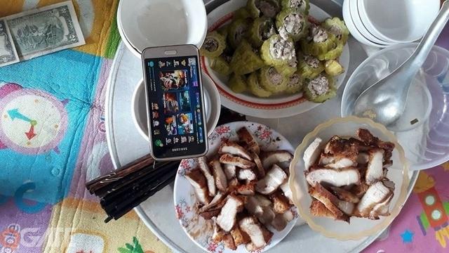 Thích thú với sự kiện Bữa Cơm Ấm Áp của BQT Boom Bá Online