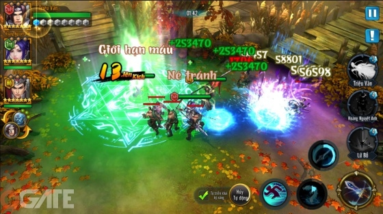 Trong quá trình chiến đấu, game thủ có thể xây dựng cho mình 2 tổ đội  chiến, với mỗi đội gồm 3 chiến tướng. Hai tổ đội này có thể luân phiên ...