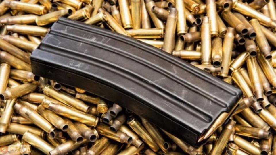 Tại sao súng trong game và ngoài đời đa phần chỉ có 30 viên đạn?
